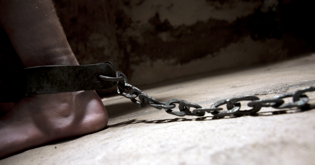Zambia spares hundreds of prisoners execution | Amnesty ... Pictures Of Prisoners In Chains