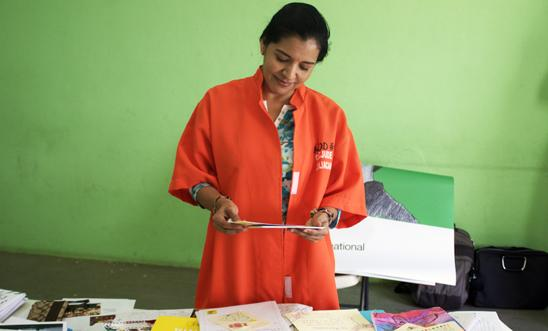 Yecenia Armenia opens Write for Rights letters in prison in Mexico, Jan 2016