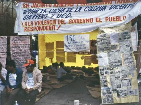Hunger strike in front Oaxaca cathedral