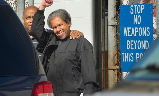 Albert Woodfox leaving prison