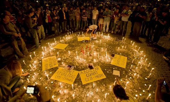 People light candles for victims of Gezi Park protests