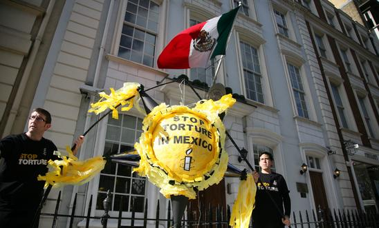 Amnesty UK protest outside Mexican Embassy ahead of Mexican President visit, Mar