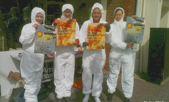 Amnesty International Milton Keynes protest about Shell oil spill in Niger Delta