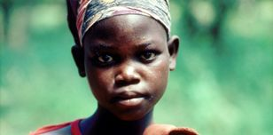 13-year old girl raped by RENAMO, now a mother - C. Bruce Paton/Panos