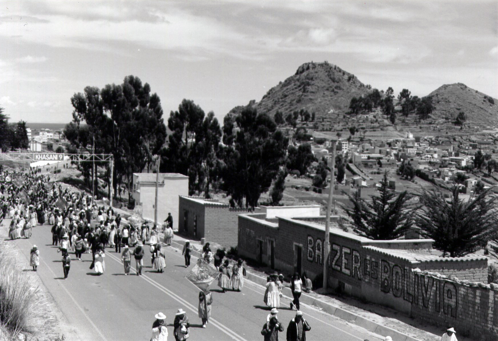 Bolivian protest on the Bolivia/Peru border - Copyright N Westland