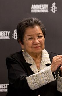 Loretta Rosales